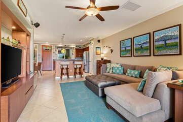 Living Are with Sectional and TV at Waikoloa Hawaii Vacation Rentals