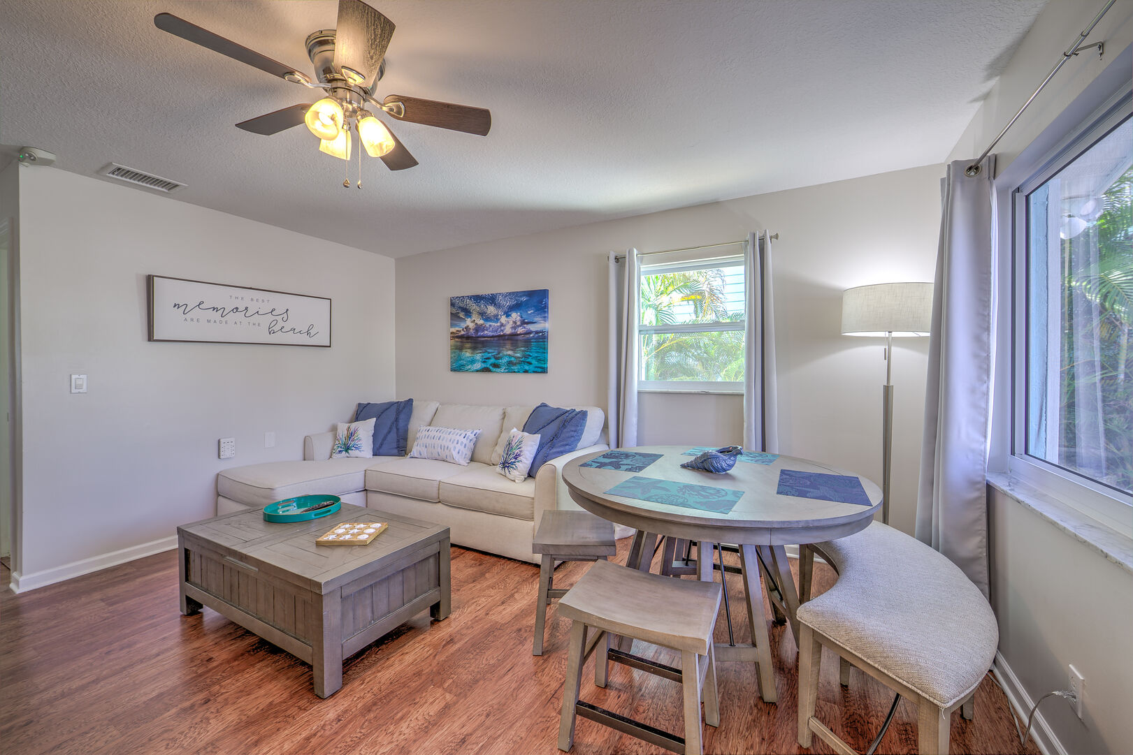 Small dining room of the Vacation Homes in Fort Myers