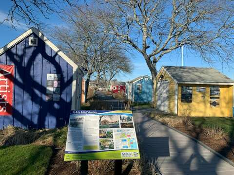 Artist Shanty's at the Harbor-Hyannis Cape Cod- New England Vacation Rentals