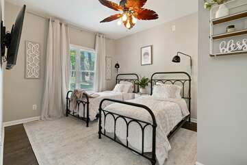 Main level Twin bedroom- beds can be combined into a king.