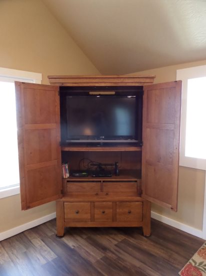Entertainment center with tv