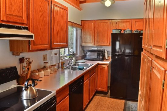 Galley kitchen with everything you need