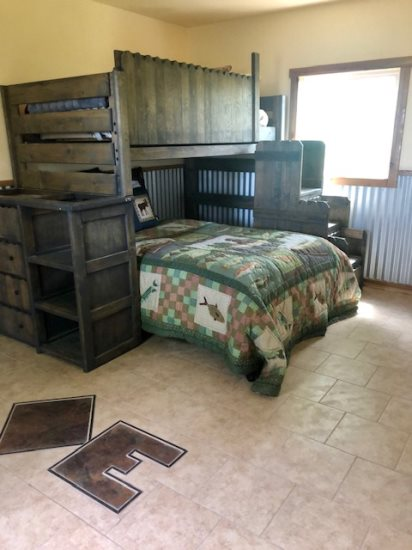 Bunkhouse with Twin over Full bunk