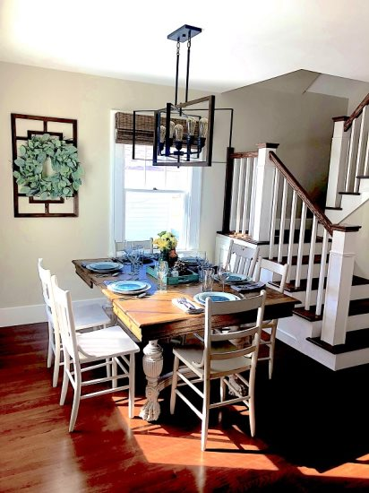 Farmhouse dining area with seating for 6