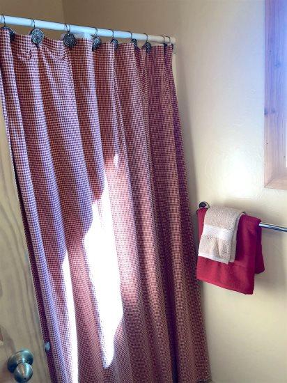 shower in 3/4 bath