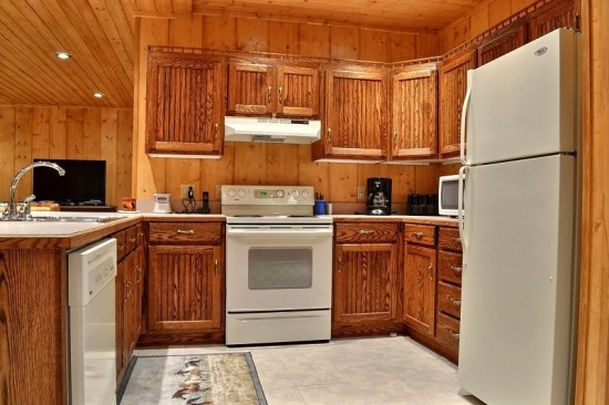 Full Kitchen downstairs