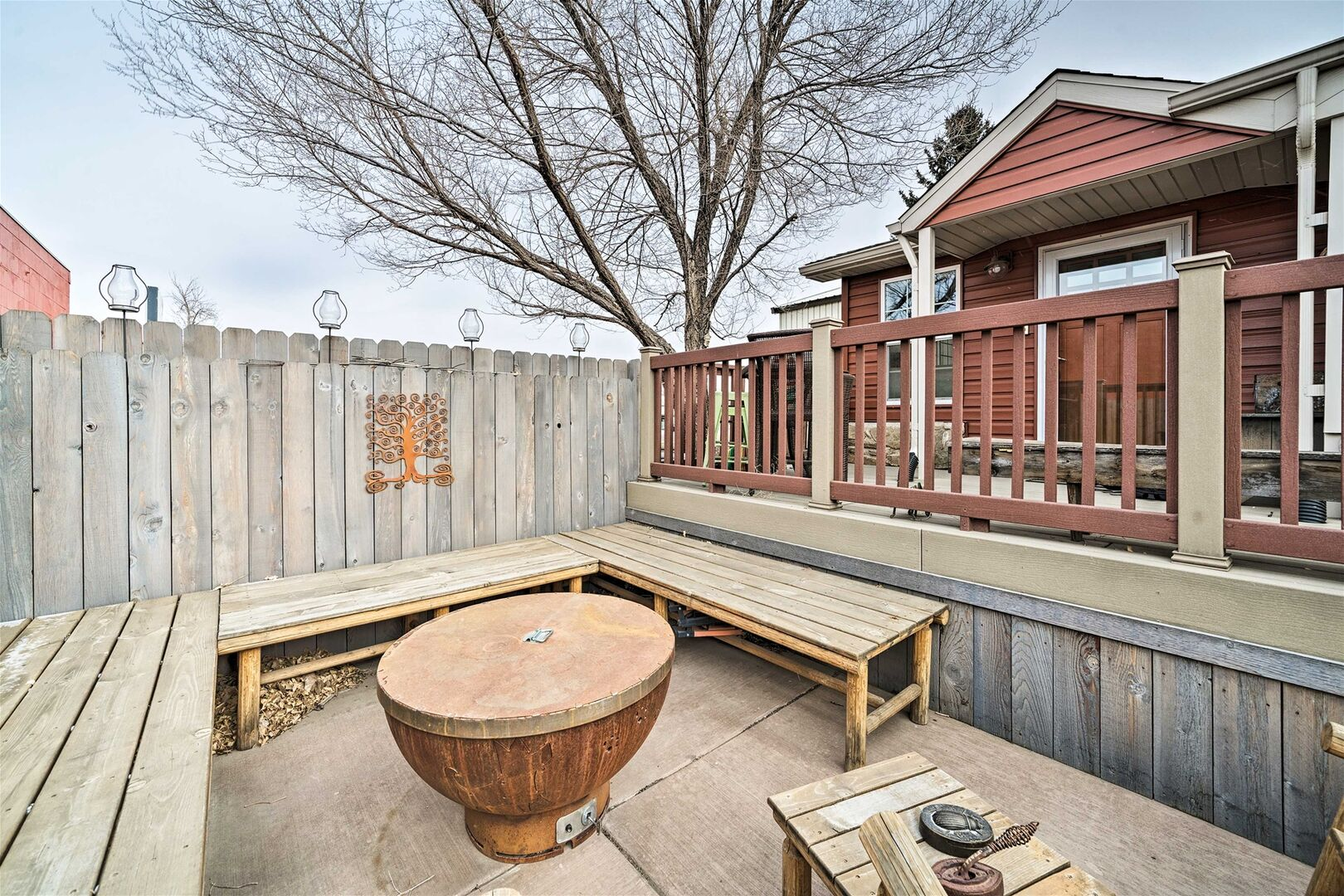 Outdoor Fire Pit Area