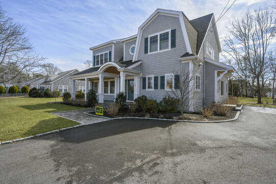 Ample parking at -445 Lower County Rd Harwich- Cape Cod- New England Vacation Rentals.