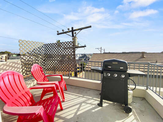 Third Floor Back Patio with BBQ Grill