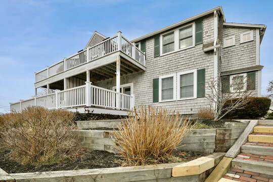 Welcome to Sea Breeze - 25 Bank Street Unit #2 Harwich Port - New England Vacation Rentals