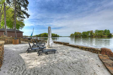 Your own Lake Norman Oasis with a private beach!