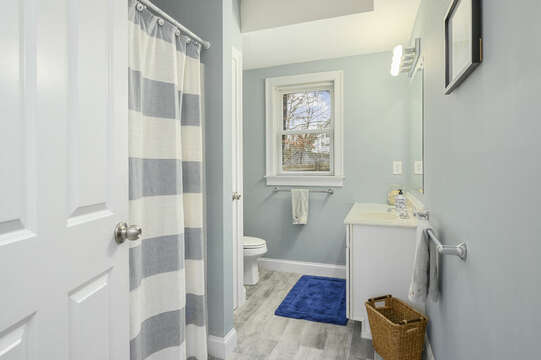 First floor Bathroom #1 Shower /tub combo-51 Nantucket St Hyannis - Cape Cod- New England Vacation Rentals