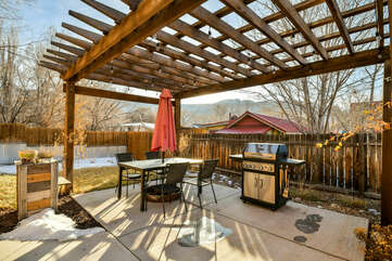 Outdoor Dining Set and BBQ Grill in the Private Patio.