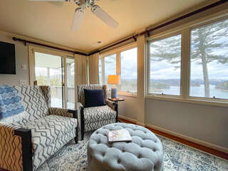 Lower Level Suite overlooking Lake Glenville