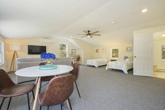 Bonus apartment over the garage-875 Great Pond-Eastham- Cape Cod- New England Vacation Rentals