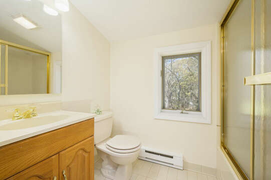 Bonus apartment over the garage , full bath with shower tub combo-875 Great Pond-Eastham- Cape Cod- New England Vacation Rentals