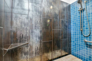 Picture of the Shower in Our Moab Home Rental.
