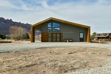 Front Picture of Our Moab Cabin Rental.