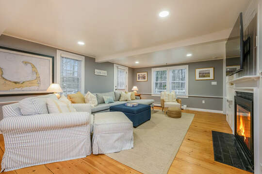 Living room -75 Pinewood Rd Hyannis Cape Cod- New England Vacation Rentals