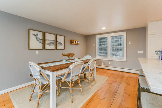 Dining in style at -75 Pinewood Rd Hyannis Cape Cod- New England Vacation Rentals
