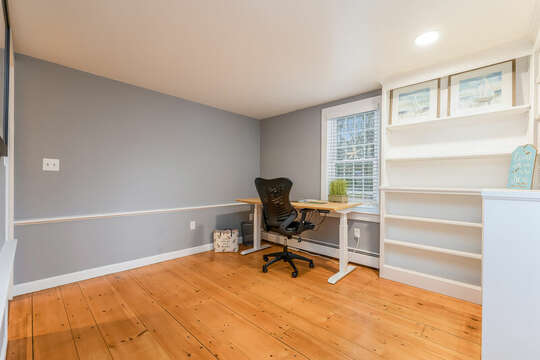 Office for remote work or schooling -75 Pinewood Rd Hyannis Cape Cod- New England Vacation Rentals
