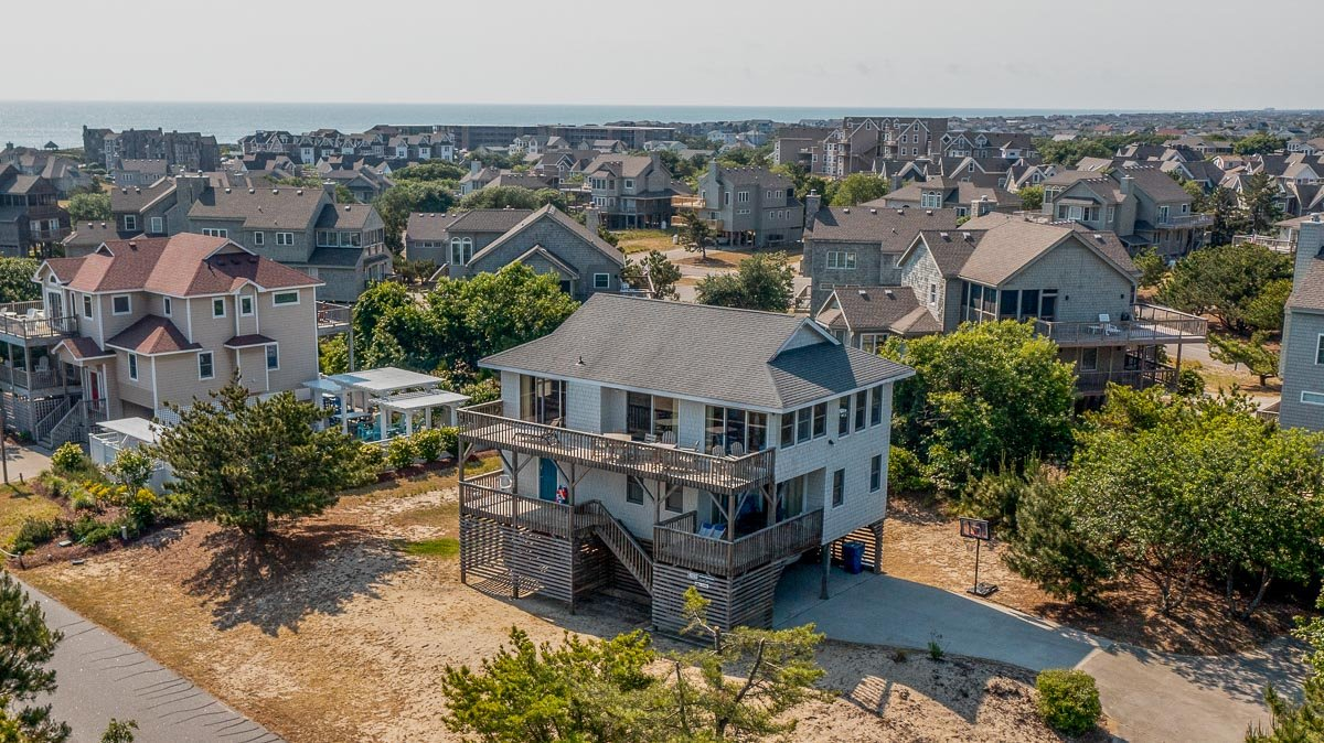 Outer Banks Vacation Rentals - 1345 - R BEACH HOUSE