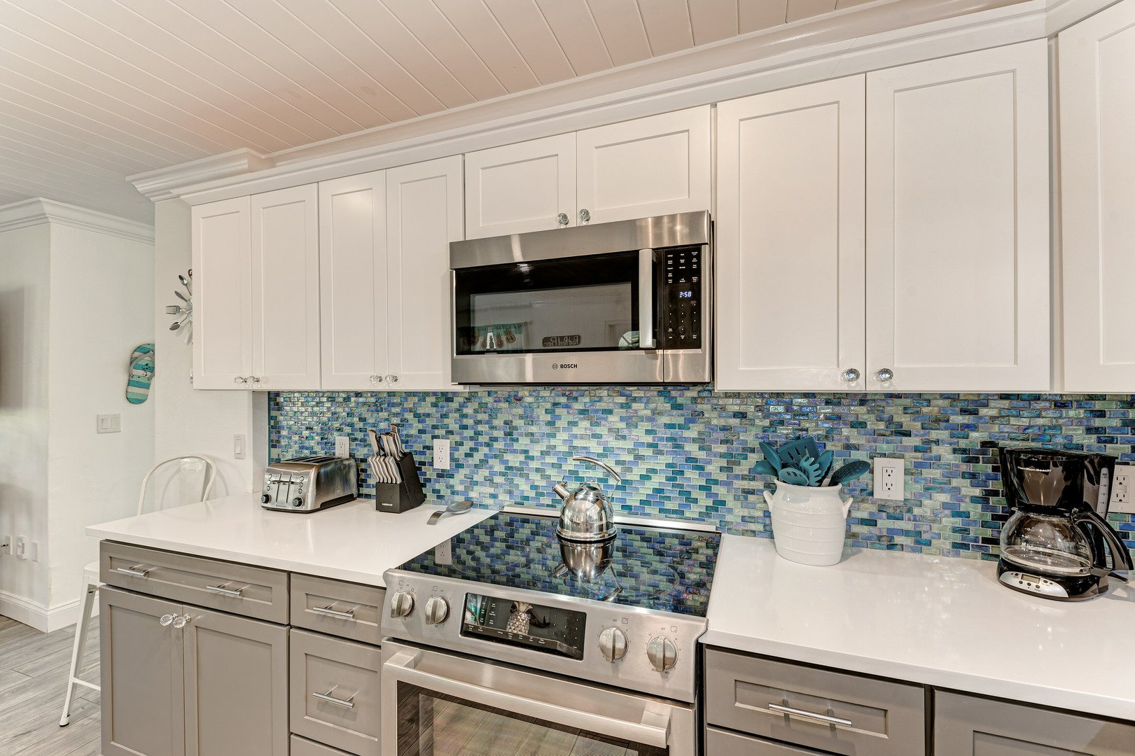 Barefoot Bungalow kitchen stove & microwave