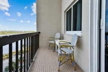Main level balcony seating