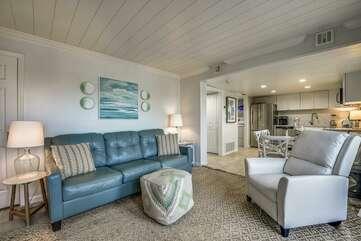 Living room + sleeper sofa (sleeps 1-2)