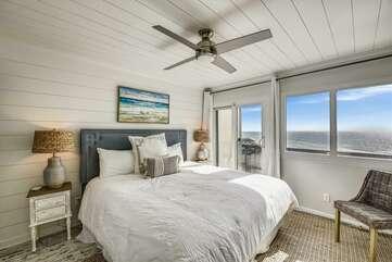 (King) Master bedroom with door to balcony