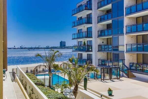 View of Mission Bay from patio. THERE IS NO POOL OR HOT TUB AT THIS PROPERTY!