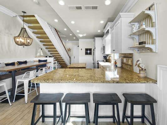 Breakfast Bar + Dining Bar - Second Floor