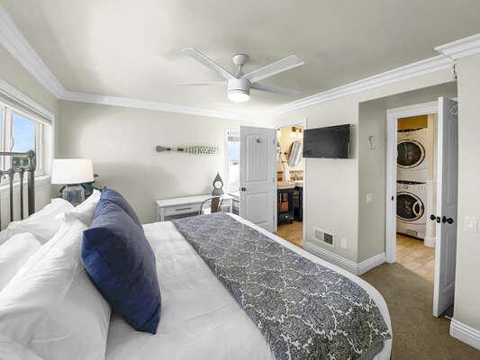 Guest Bedroom, King - Third Floor, Desk Workspace