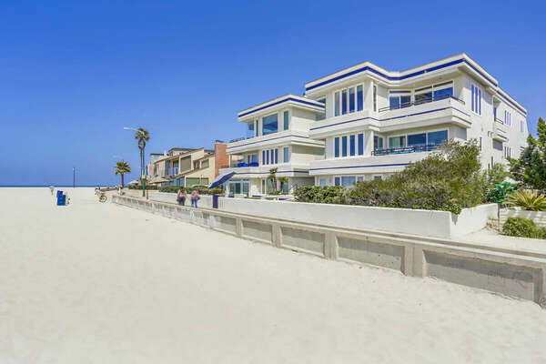 Small Oceanfront Complex in South Mission Beach