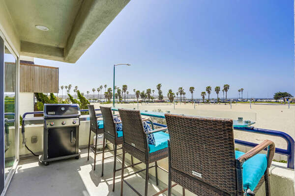 Upper Level, Oceanfront Unit with Panoramic Views