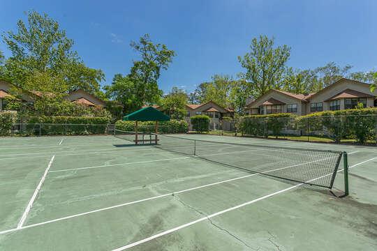 Harbour Oaks community tennis courts