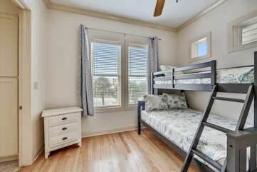 Main level bedroom with twin/full beds