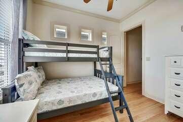 Upper level bedroom twin/full bunks