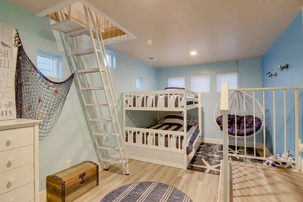 Bunk Room, Full/Full Bunk + Twin Trundle - First Floor
