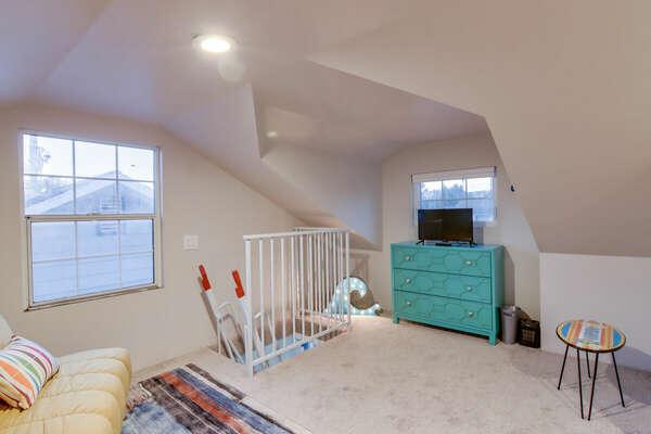 Loft Bedroom (Above Bunk Room) - Second Floor