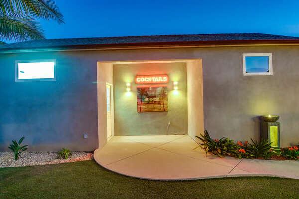Detached Suite Entry (Suite on Right, Garage on Left)