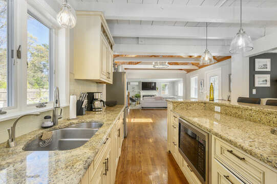 Kitchen - 44 Avalon Circle Osterville Cape Cod New England Vacation Rentals