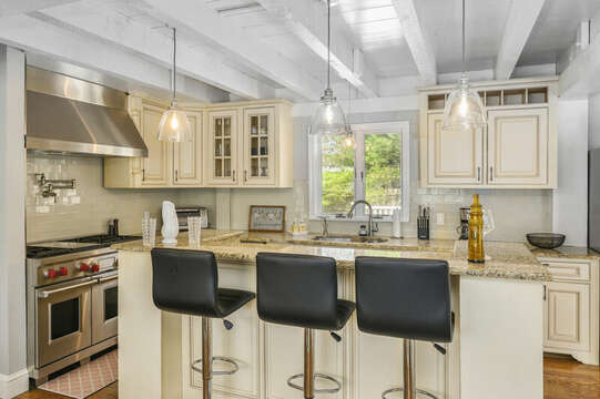 Large center island with additional seating for 3 - 44 Avalon Circle Osterville Cape Cod New England Vacation Rentals