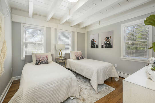 Bedroom #1 on main level with two twin beds  - 44 Avalon Circle Osterville Cape Cod New England Vacation Rentals