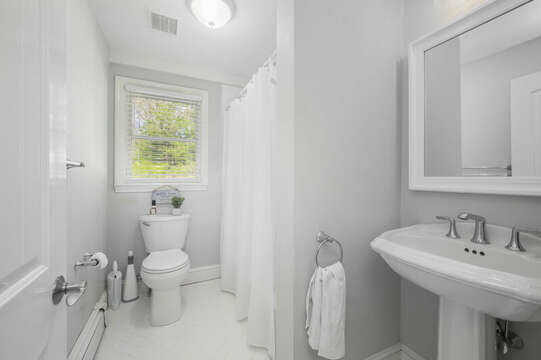 Bathroom #1 on main level, full bath with shower tub combo - 44 Avalon Circle Osterville Cape Cod New England Vacation Rentals