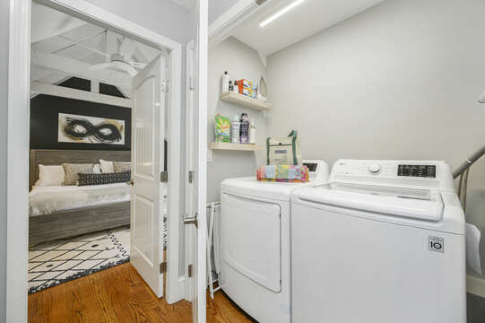 Upper Level Laundry Room - 44 Avalon Circle Osterville Cape Cod New England Vacation Rentals