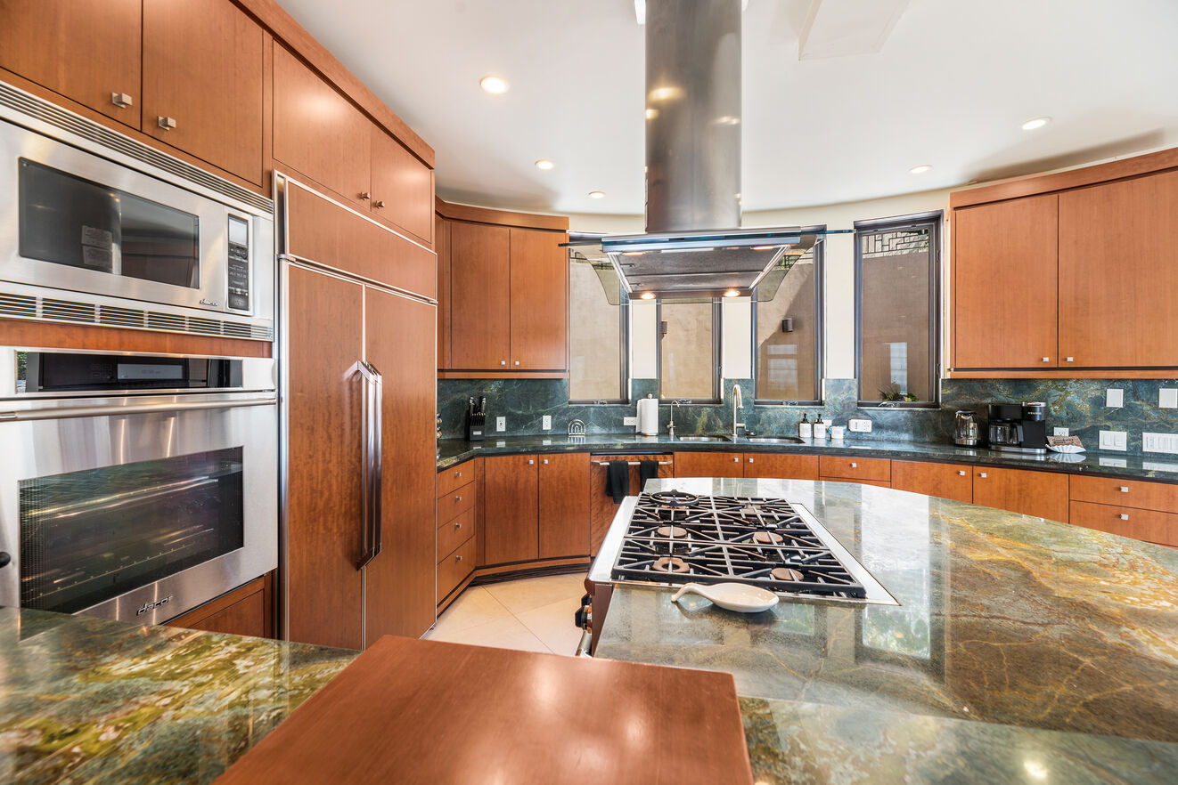 Beautiful spacious kitchen with Thermador appliances