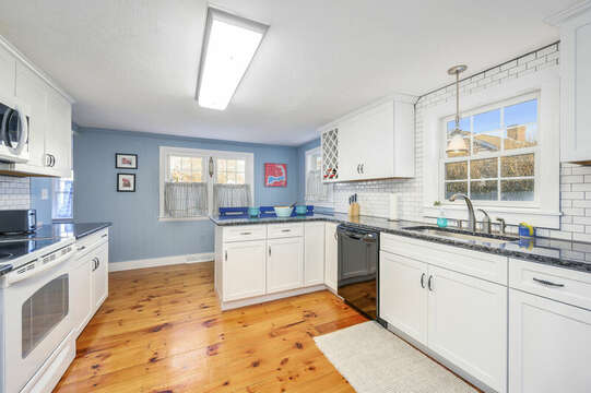 Great kitchen to plan family meals or just make sandwiches for the beach - 85 Pond Street South Yarmouth Cape Cod - New England Vacation Rentals