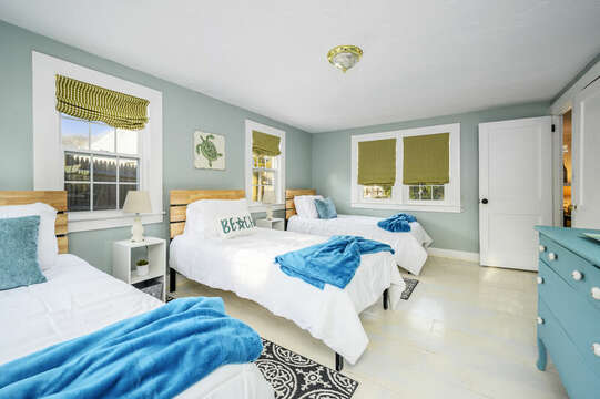 Bedroom 2 - 85 Pond Street South Yarmouth Cape Cod - New England Vacation Rentals