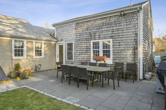 Large outdoor dining - 85 Pond Street South Yarmouth Cape Cod - New England Vacation Rentals